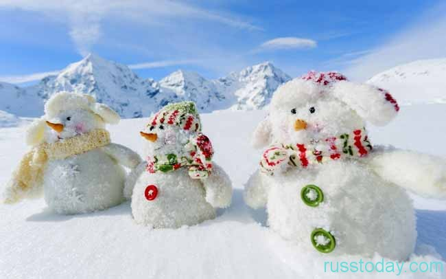 три снеговичка