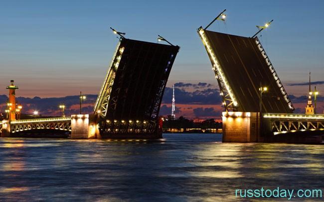 Красота и необычность достопримечательностей Санкт-Петербурга