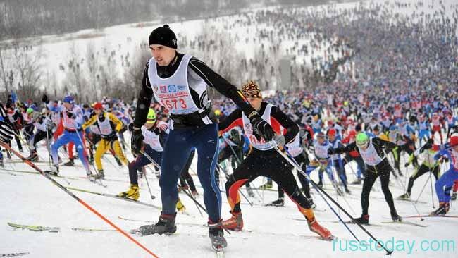 участники лыжни