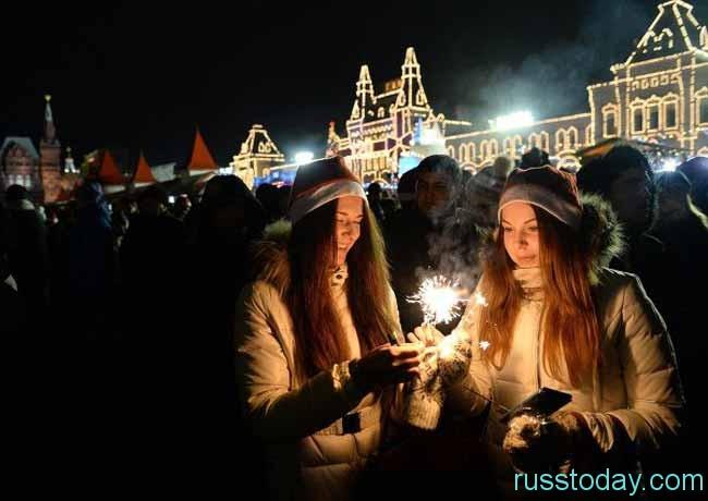 Как отмечают Новый Год россияне