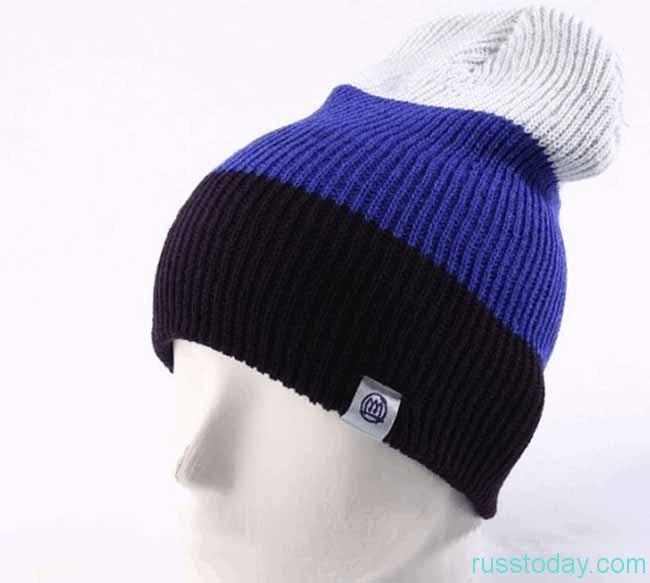 двухцветная шапка