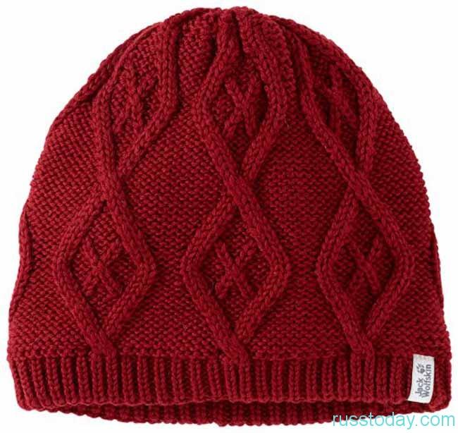 шапки с геометрическими узорами