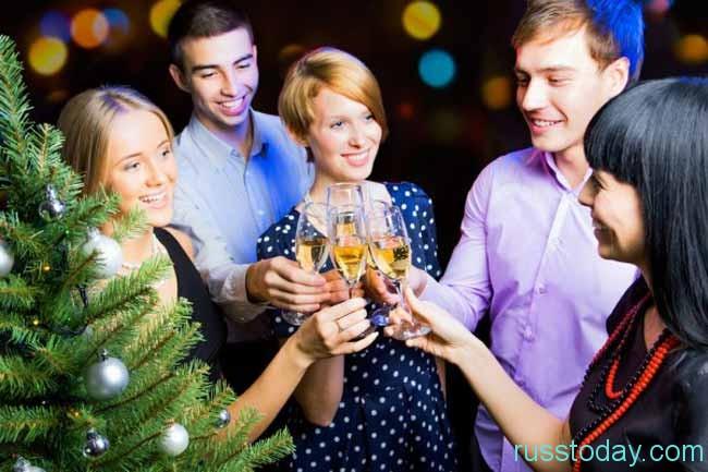 компания на Новый год