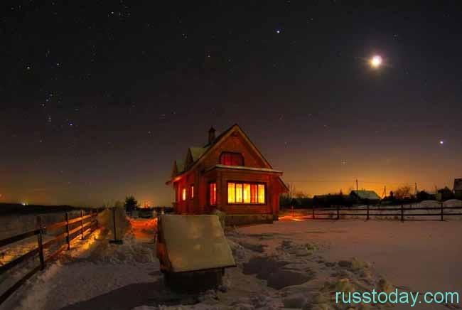 домик под луной