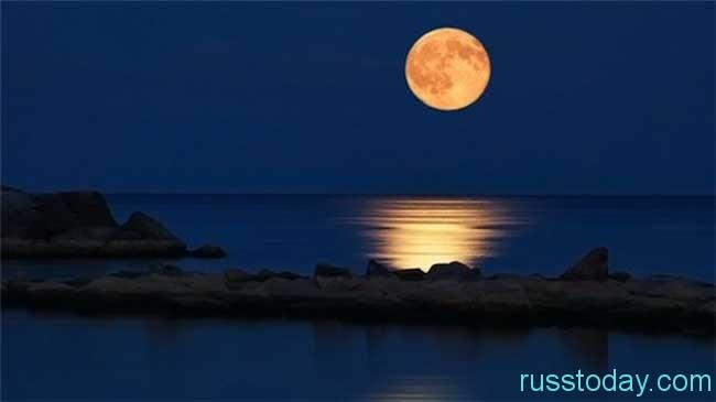 Луна влияет на жизнь на Земле
