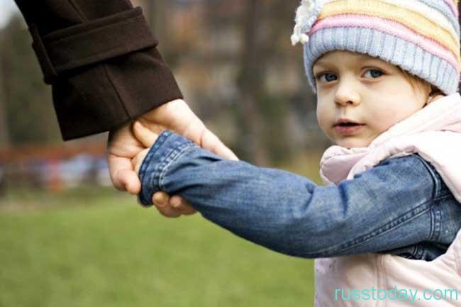 сиротство детей, потерявших одного или обоих родителей