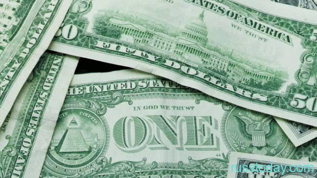 Кому следует отдавать кредиты