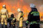 МЧС во время работы на пожаре