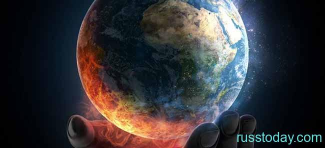Планета Земля на руке