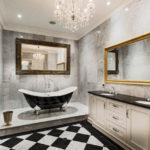 Рекомендации по выбору и установке зеркала в ванной комнате