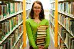 Повышение зарплаты библиотекарей в 2022 году
